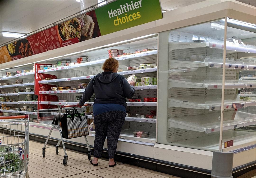 Britse grote supermarkten stellen steeds strengere eisen aan de boeren die hen voedingswaren mogen leveren. Foto: ANP