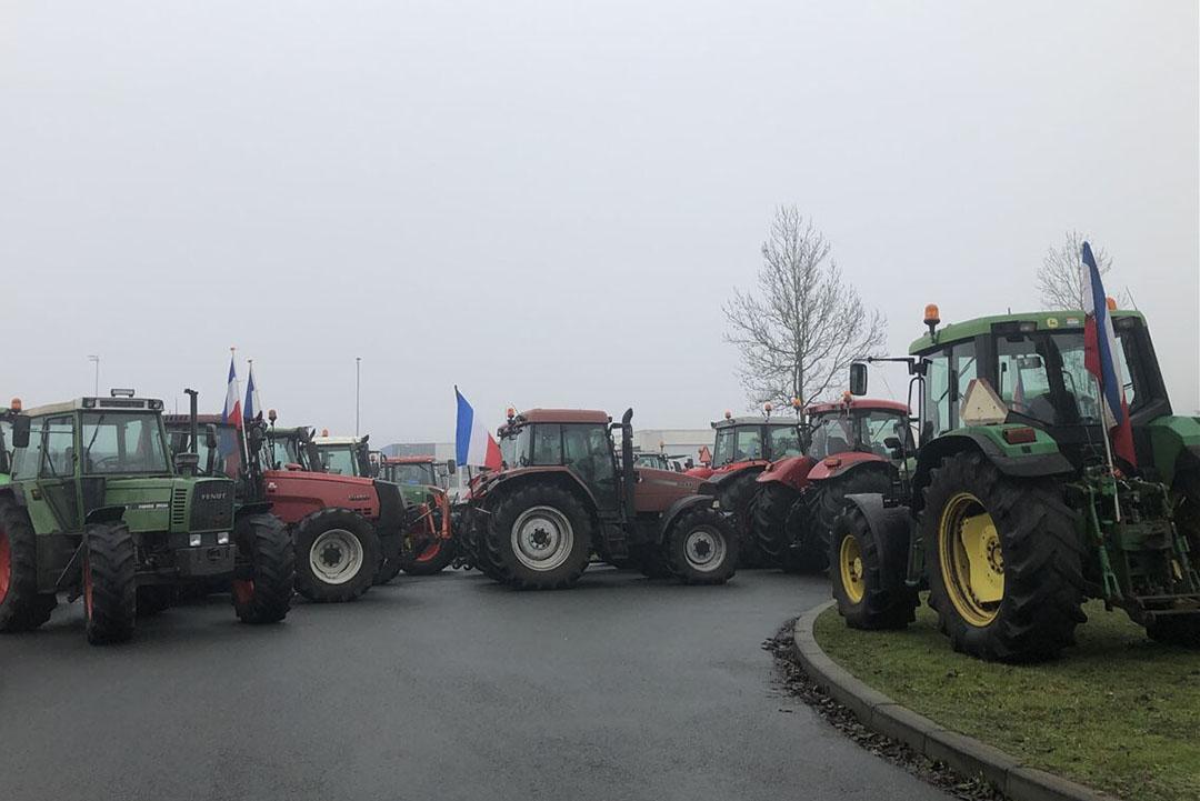 Boerenprotest bij AH-distributiecentrum in Zwolle. - Foto: ANP