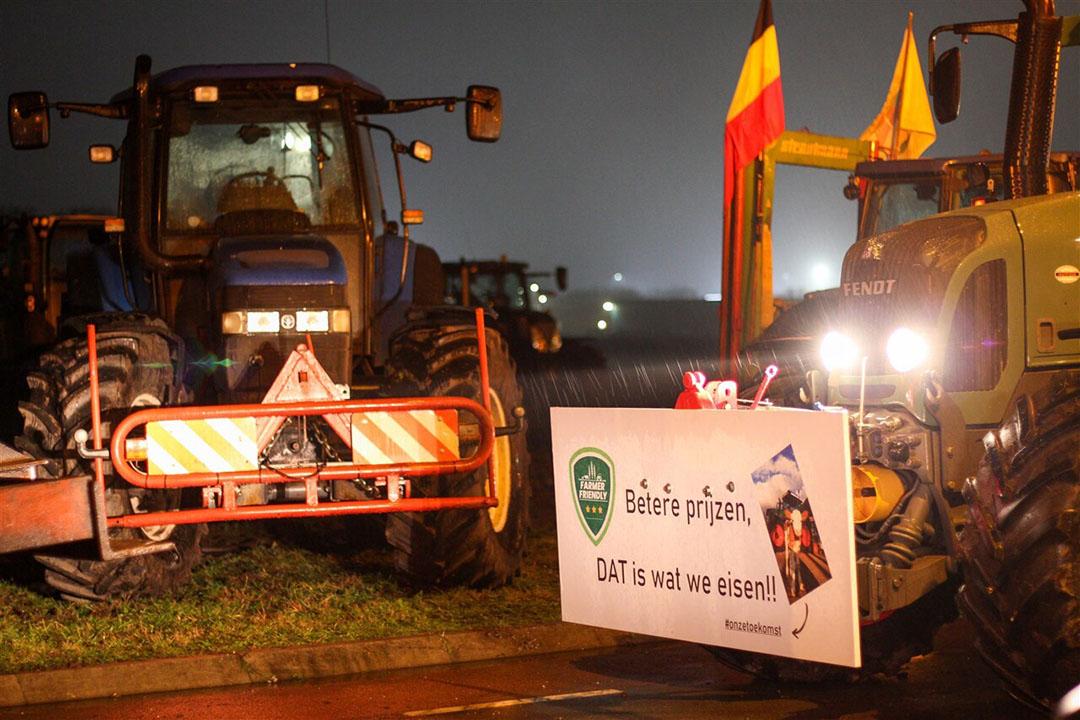 Protest bij distributiecentrum van Jumbo in Raalte. - Foto: ANP