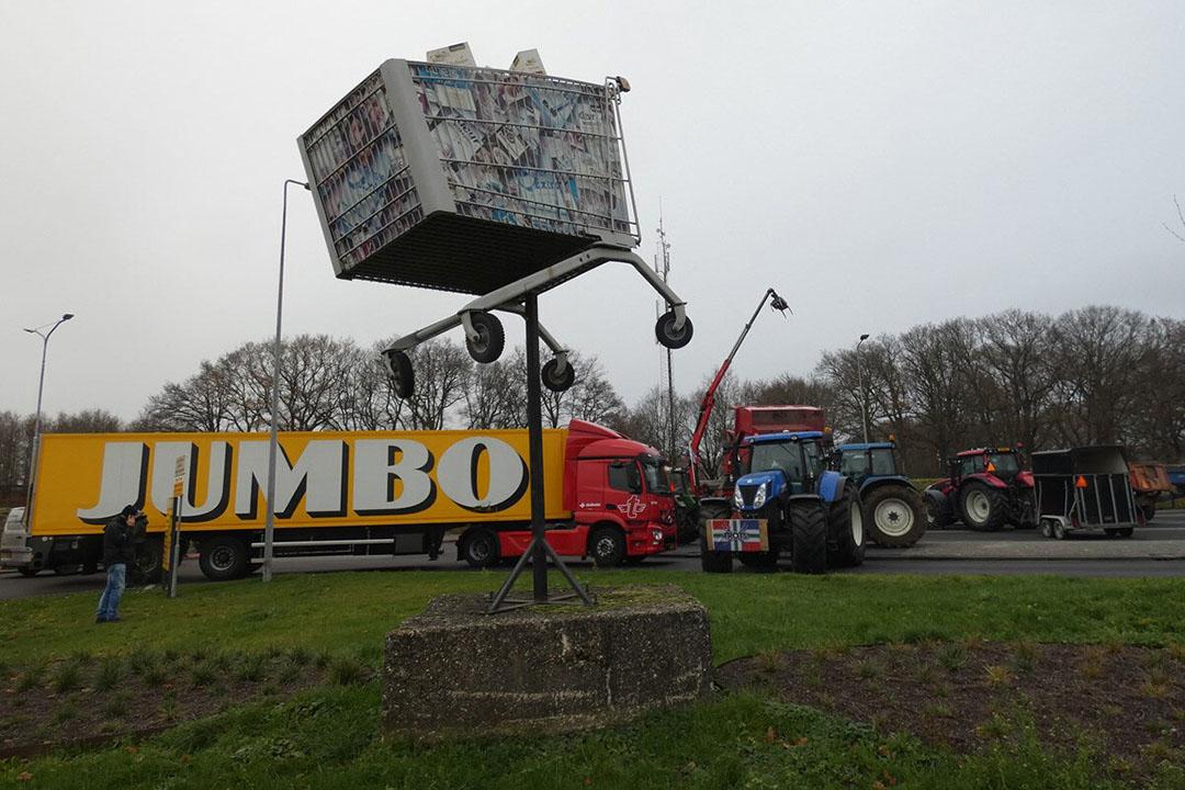 Boeren blokkeerden afgelopen dagen onder andere distributiecentra van Jumbo. - Foto: ANP/Hollandse Hoogte/AS Media