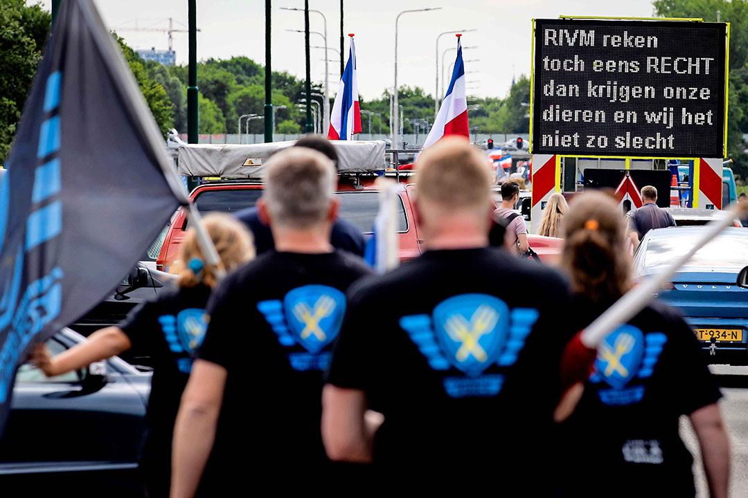 Boerenprotest bij het RIVM in Bilthoven, op 22 juli 2020. De kwestie van de voermaatregel om stikstofuitstoot te verminderen speelde toen hoog op. - Foto: Robin van Lonkhuijsen/ANP