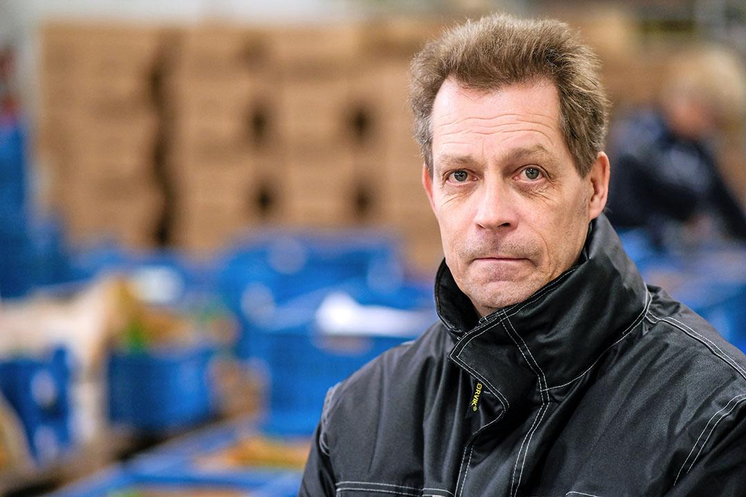 Lammert Hazeloop (58) is mede-eigenaar van groothandel BioNoord in Marum (Gr.). - Foto: Jan Willem van Vliet