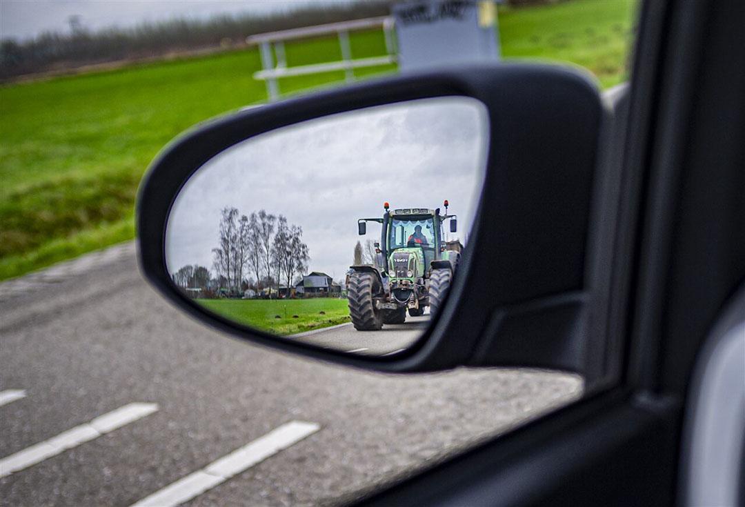 Het is op dit moment niet mogelijk om landbouwvoertuigen te registreren op naam van een maatschap. - Foto: ANP