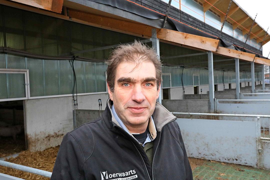Rob Nieuwenhuis, directeur bij Voerwaarts en een van de initiatiefnemers van Zonvarken in De Heurne (Gelderland). Het wordt een gesloten varkensbedrijf. - Foto: Henk Riswick