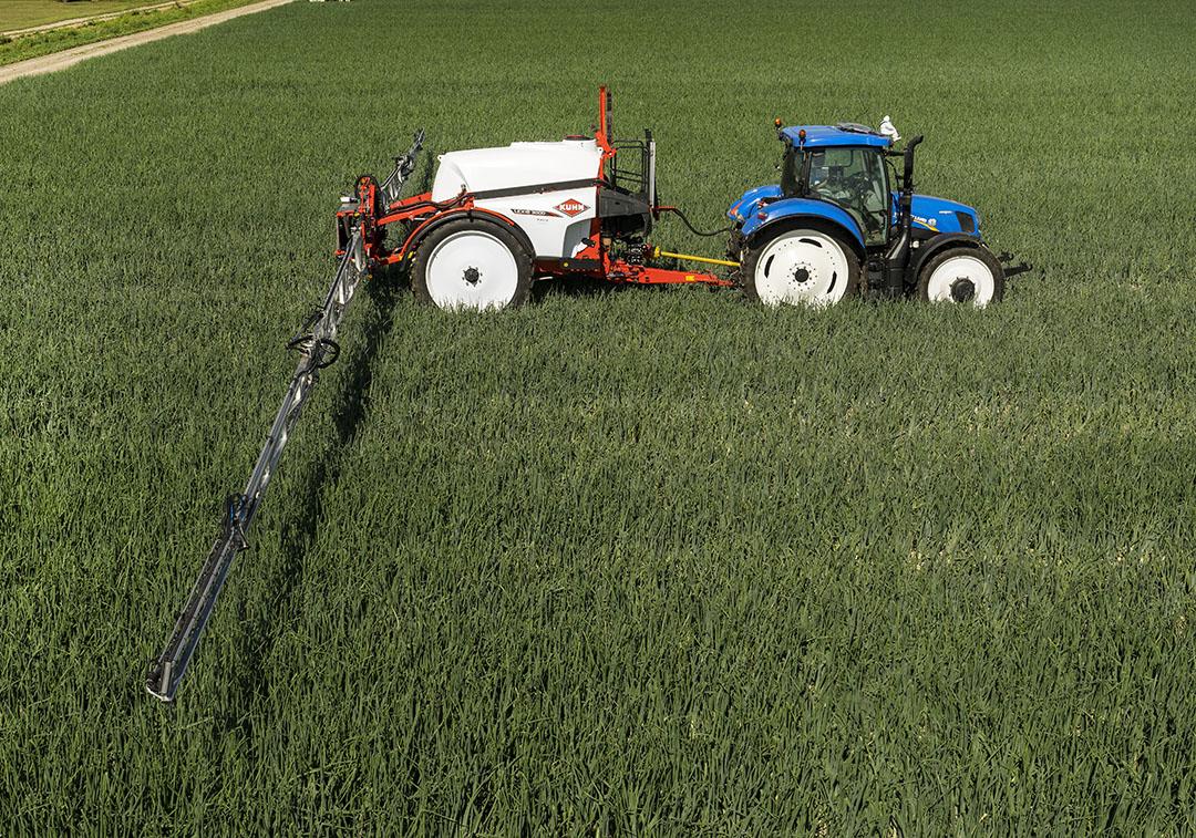 Azolen worden als schimmelbestrijder in verschillende gewassen toegepast, onder andere in granen. - Foto: Ruud Ploeg