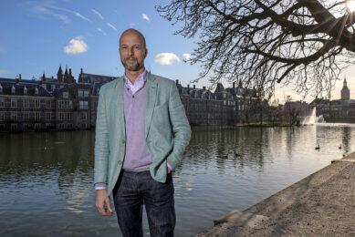 Tweede-Kamerlid Tjeerd de Groot (52) heeft landbouw in zijn portefeuille. Hij staat op plek 8 van de lijst van D66. - Foto: Marc Heeman