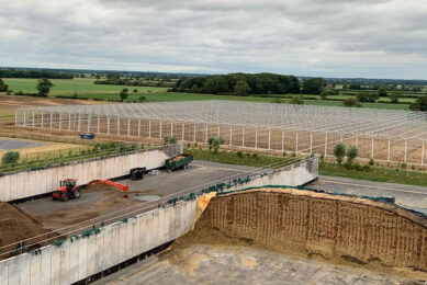 Bouw van 6,4 hectare kassen voor aardbeienteelt in Carrington in graafschap Lincolnshire in 2020. - Foto: Havecon