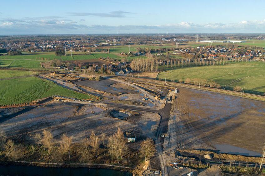De locatie op bedrijvenpark Zevenellen waar de mestverwerker komt. Foto: OML bv