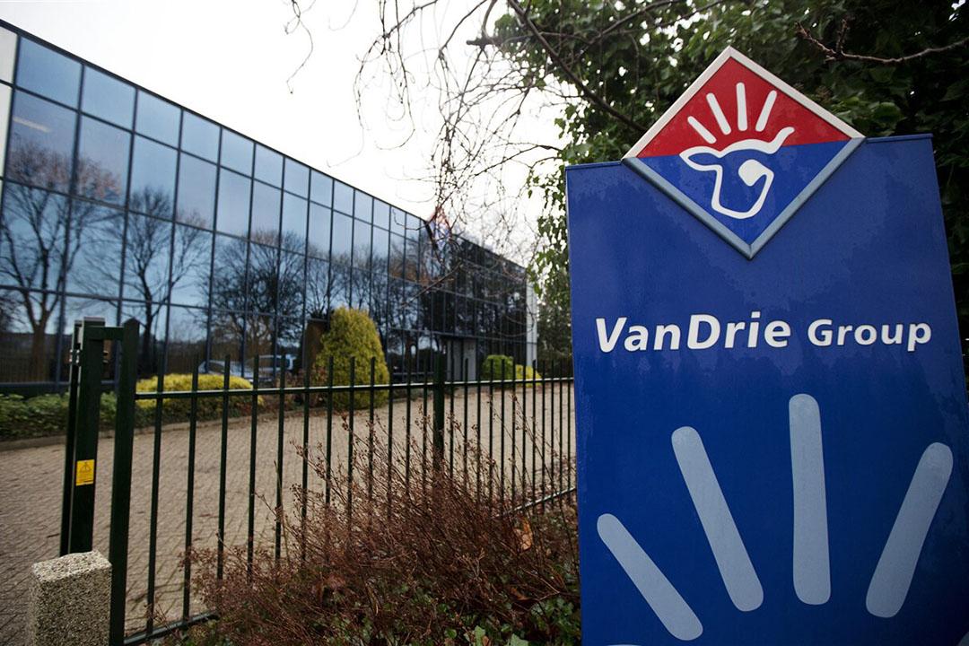 VanDrie wil overnameplan Van Dam doorzetten