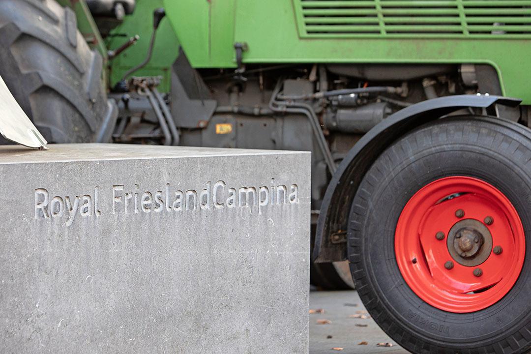 Oktober 2019 voerden boeren actie bij het hoofdkantoor van FrieslandCampina in Amersfoort. De geplande FDF-actie bij RFC deze week werd afgeblazen. Foto: ANP