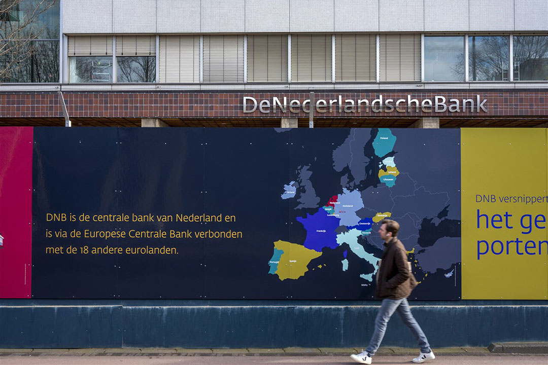 Het hoofdkantoor van De Nederlandsche Bank (DNB) aan het Frederiksplein in Amsterdam wordt gerenoveerd. Foto: ANP