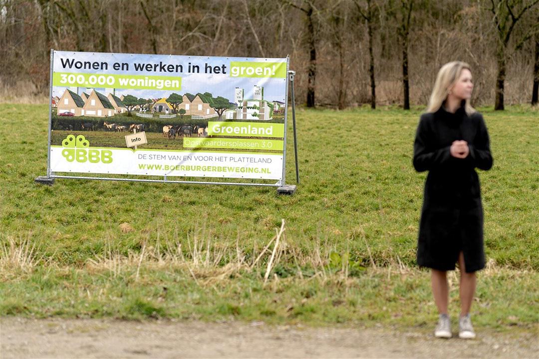 Femke Wiersma en Caroline van der Plas (niet op de foto) van BoerBurgerBeweging (BBB), presenteerden vandaag plannen voor woningnood. Zij beschouwen de Oostvaardersplassen als ideale plaats om 300.000 woningen te realiseren. - Foto: ANP