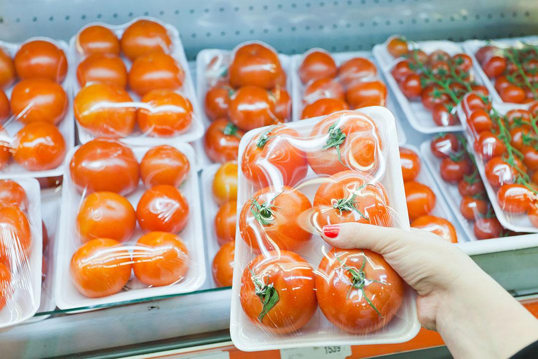 Verpakte tomaten. - Foto: Canva