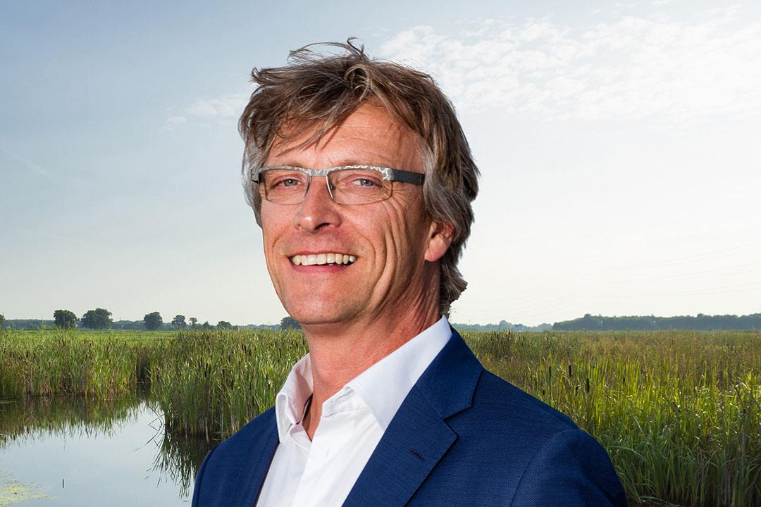 Dirk Siert Schoonman is Dijkgraaf van Waterschap Drents Overijsselse Delta en bestuurder bij de Unie van Waterschappen op het gebied van droogteproblematiek. - Foto: Evert van de Worp/ WDO Delta