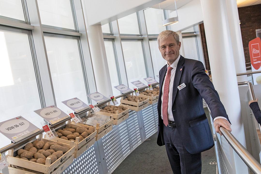 CEO Gerard Backx van HZPC op de aardappelrassenshow die in 2018 werd gehouden. - Foto: Anne van der Woude