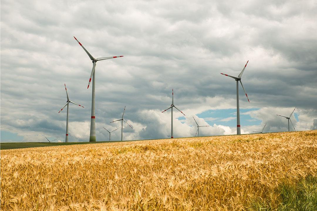 Voor wat betreft de duurzame energie slaagde BayWa erin windturbine- en zonne-energieprojecten in Frankrijk en Japan te verkopen. Foto: Canva