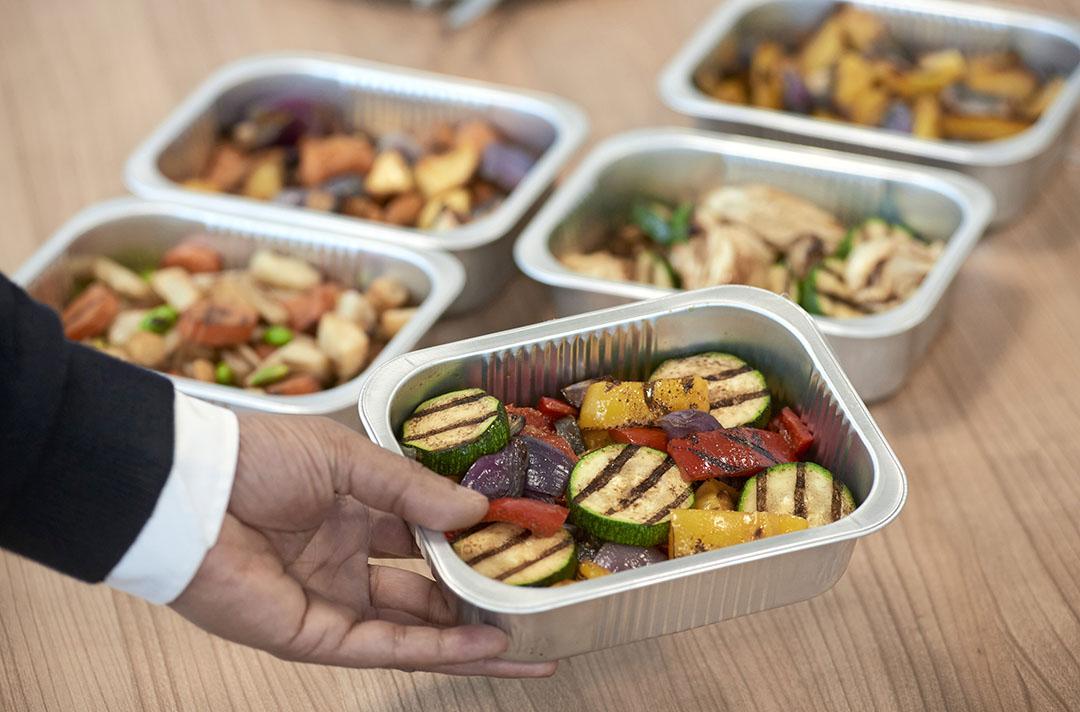 Het concept van HAK Fresh: koelverse groenten, gegrild, geblancheerd, geroosterd en gemarineerd met alleen een beetje olie en azijn toch tot tien dagen houdbaar.