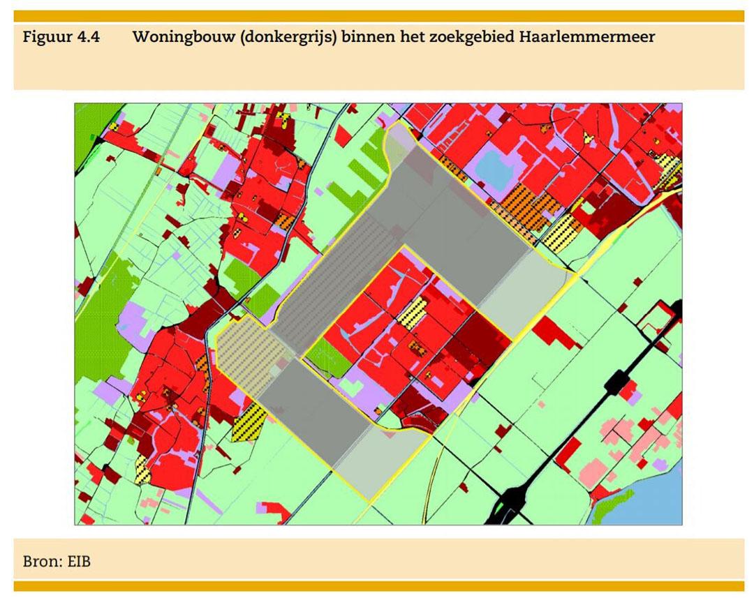 Zoekgebied (grijs) en ingekleurde bouwlocatie (donkergrijs) in de Haarlemmermeer. Midden op de kaart: Nieuw-Vennep. Hier gaat het om een zoekgebied van 1.350 hectare voor 25.500 woningen. - Bron: EIB