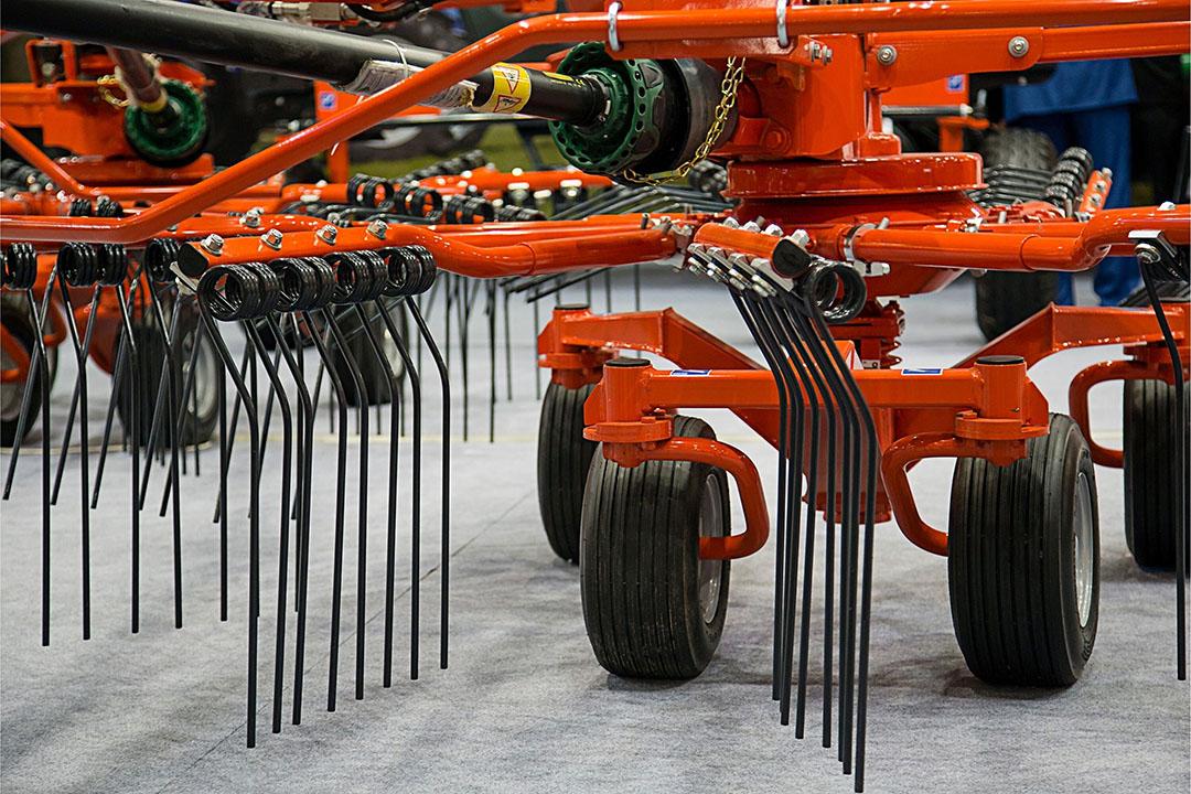De industrie heeft te maken met hogere prijzen voor grondstoffen zoals staal. De staalprijs is in een jaar tijd meer dan verdubbeld. Foto: Canva