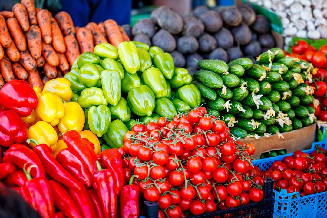 Nederlanders zijn meer groenten en fruit gaan eten tijdens de coronacrisis. - Foto: Canva.com