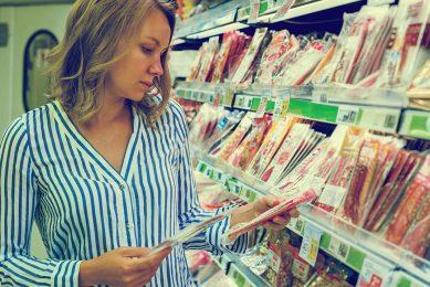In de folders, op etiketten of bij recepten lopen de termen plantaardig, vegetarisch of veganistisch nogal eens door elkaar. - Foto: Canva