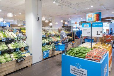 Door jaarrond Nederlandse komkommers aan te bieden, wordt de logistieke keten in de wintermaanden met twee dagen verkort. - Foto: Albert Heijn