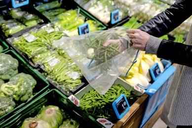 Alle rapporten rond stikstof en klimaat worden geschreven vanuit de luxe positie van volle winkels, aldus Teun de Jong. - Foto: ANP