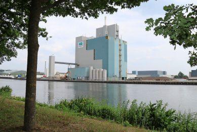 De fabriek van Coppens Diervoeding in Helmond. Door de overname krijgt De Heus tien productielocaties in Nederland. - Foto: Coppens Diervoeding