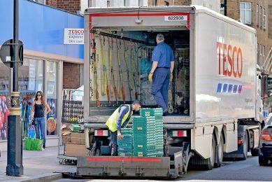 Bedrijven in het Verenigd Koninkrijk melden een tekort aan vrachtwagenchauffeurs na brexit. - Foto: ANP