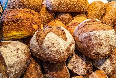 Verschillende broodsoorten. De vraag naar glutenvrij brood groeit. - Foto: Ronald Hissink