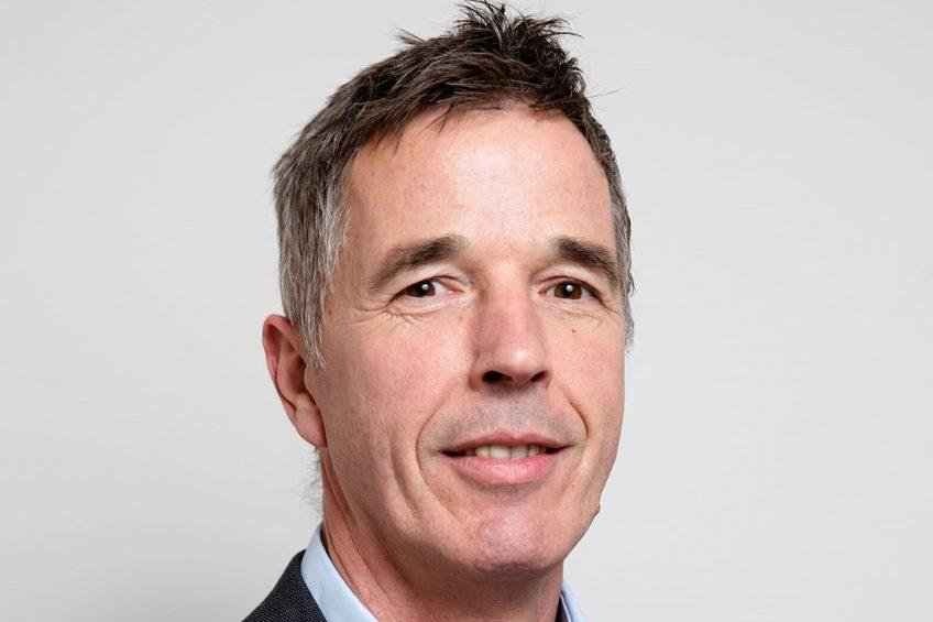 """Directeur van ZuivelNl Hubert Andela: """"Er moet een scheiding tussen actieve en niet-actief melkleverende leden komen."""" - Foto: Fred Libochant"""