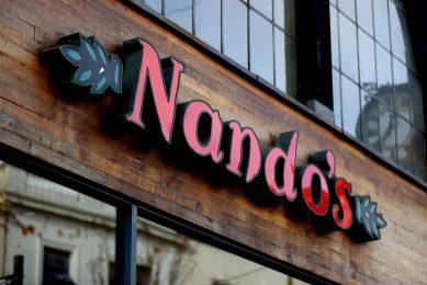Restaurantketen Nando's heeft geen kip voor het belangrijkste gerecht: piri piri-kip. - Foto: ANP