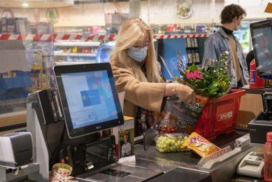 De stijging in de besteding is daarom ook grotendeels te verklaren doordat er steeds meer duurzame producten in de schappen liggen. Foto: ANP