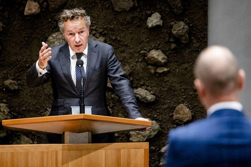 Wybren van Haga (l.) debatteert met Gert-Jan Segers van de Christenunie.  - Foto: ANP