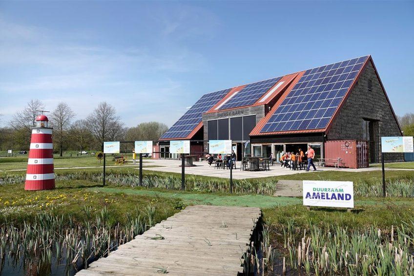 """Van der Weijden verwacht dat het net zo gaat als bij de energiesector. """"Daar zag je traagheid bij de overheid en kwamen regionale initiatieven juist wel van de grond."""" Foto: Berlinda van Dam / Hollandse Hoogte"""