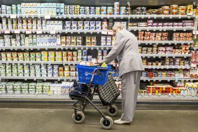Voedsel is in de winkel duurder dan ooit en woningen zijn onbetaalbaar geworden. - Foto: Roel Dijkstra Fotografie