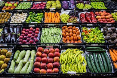 Belangrijke Italiaanse exportproducten zijn groenten, fruit en wijn. Foto: Canva
