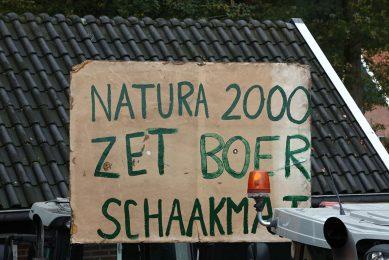 Protesten van boeren tegen stikstofmaatregelen bij het Natura 2000-gebied Wooldse veen bij Winterswijk. - Foto: Henk Riswick