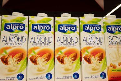 De reclamekreet 'Your recipe to a healthier planet' is volgens ASA misleidend. - Foto: Harold Versteeg