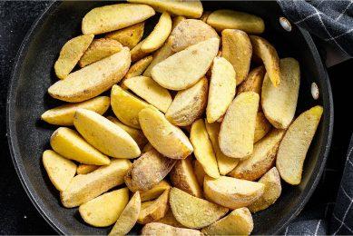 Lamb Weston, de producent van diepvries aardappelproducten, zag de koers met 10,5% dalen ten opzichte van twee weken eerder. Foto: Canva