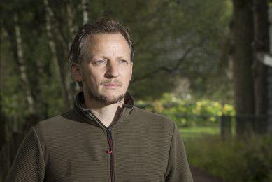 Bart Kemp is schapenhouder en voorzitter van boerenbelangenbehartiger Agractie. Hij benadrukt dat het in samenwerkingen moet draaien om de inhoud. - Foto: Koos Groenewold