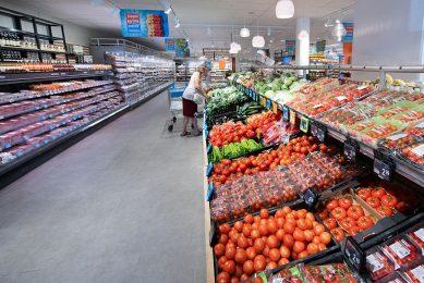 Van de supermarkten heeft inmiddels 84% inzicht in risico's in de productieketen, - Foto: Albert Heijn