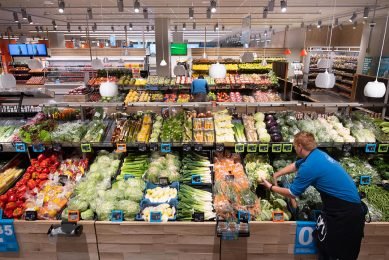 Boeren willen best duurzamer produceren, maar dan moet er wel een goede prijs tegenover staan, vindt Vergaderboer. - Foto: Albert Heijn, Yasmin Hargreaves